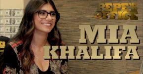 Entrevista de Mia Khalifa en la oficina de Pepe Garza